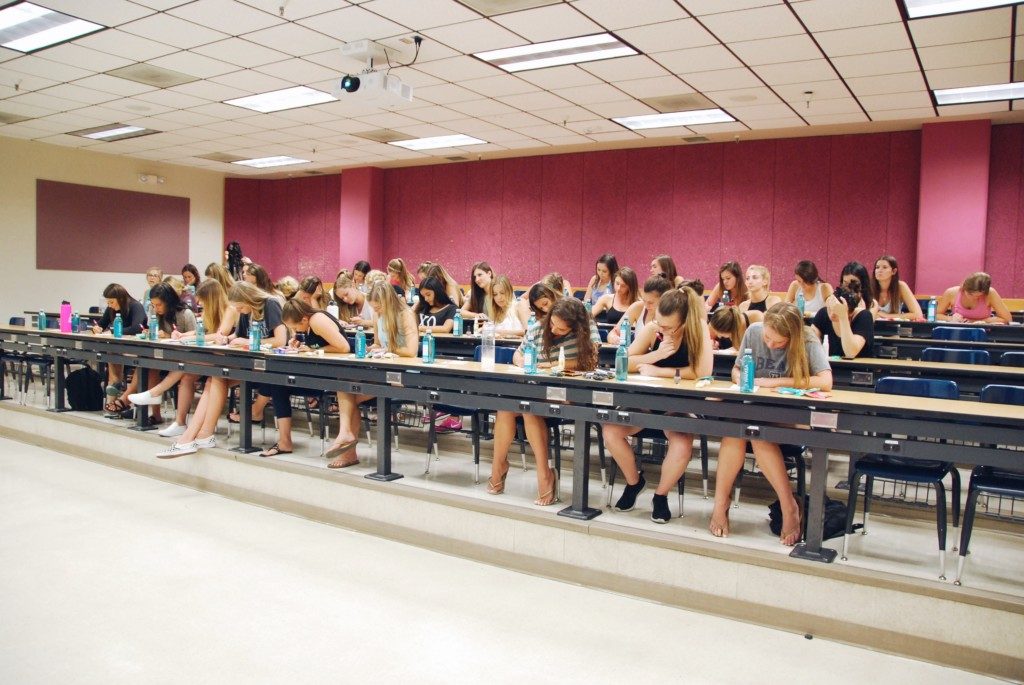 the strong movement strong girl workshop sorority programming panhellenic arizona2