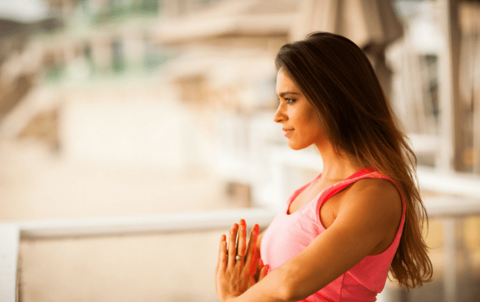 the-strong-movement-strong-girl-guide-to-yoga-types-benefits-min