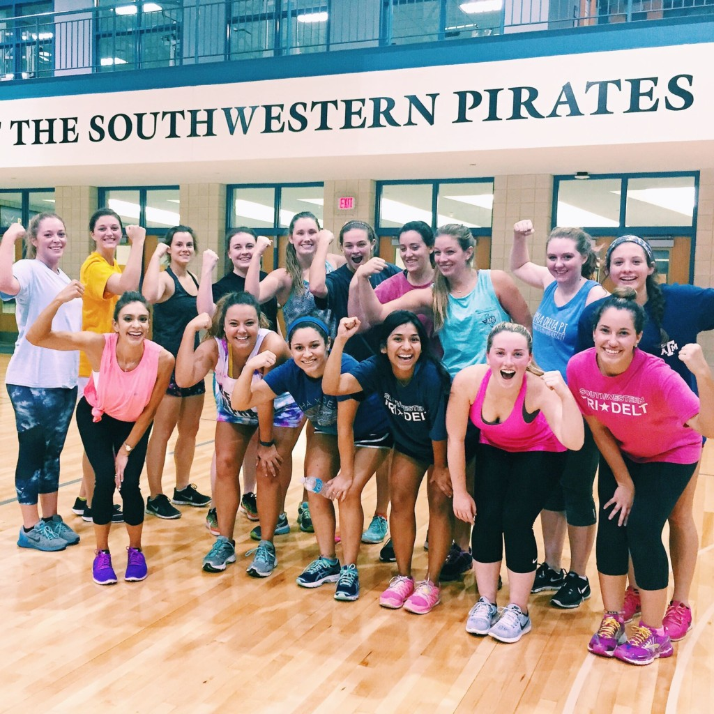 strong-movement-strong-girl-workshop-workout-southwestern-university-sorority-panhellenic1-min