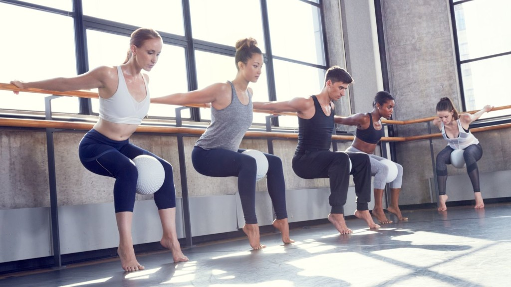 strong girl guide to barre physique57 class4-min