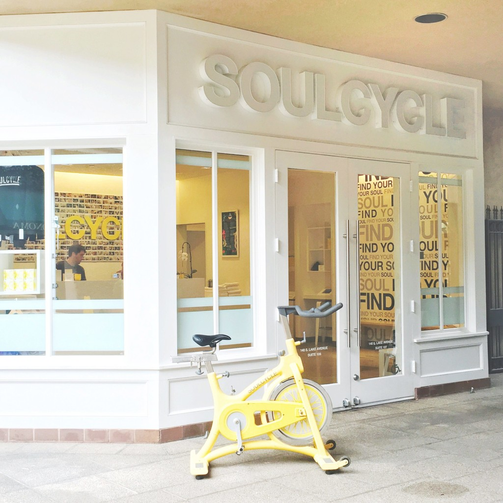 strong girl guide to spin class soulcycle-min